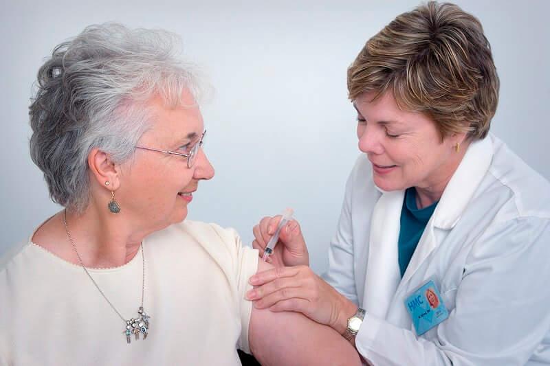 Obećavajuće cjepivo: Znanstvenici kažu da funkcionira i kod mlađih i kod starijih pacijenata