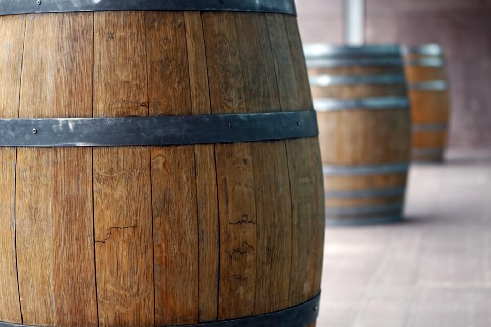 Baki Mariji (86) ukrali 400 litara vina iz konobe dok je čuvala ovce