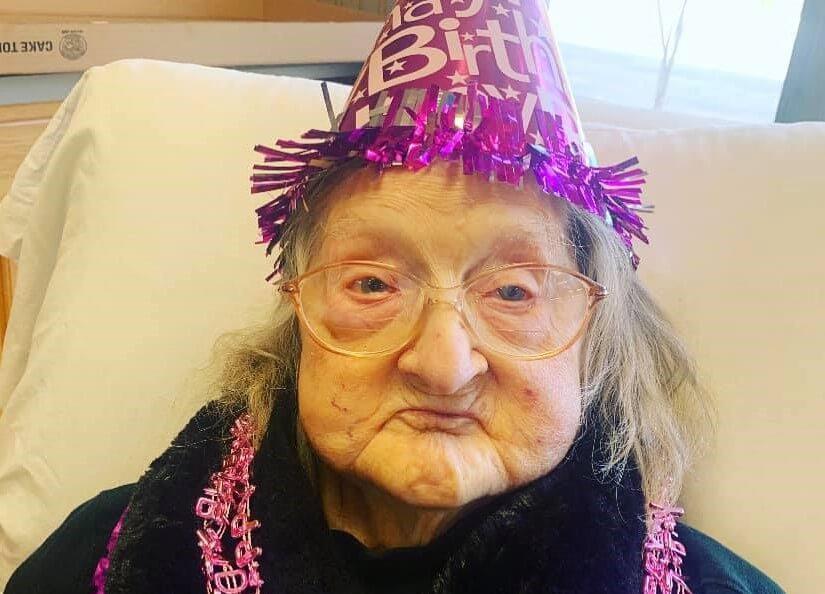 Nakon što je pobijedila koronu, proslavila 110. rođendan!