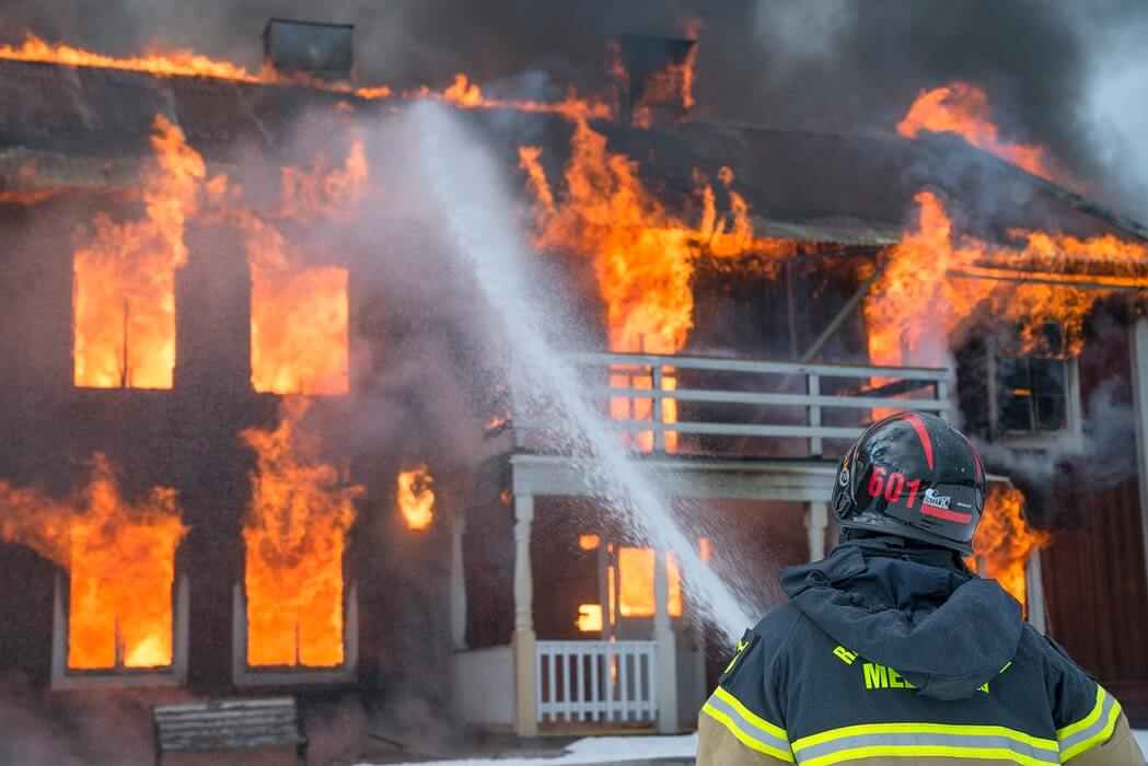 Tragedija kod Križevaca: Stariji par poginuo u požaru, vatrogasci našli dva mrtva tijela