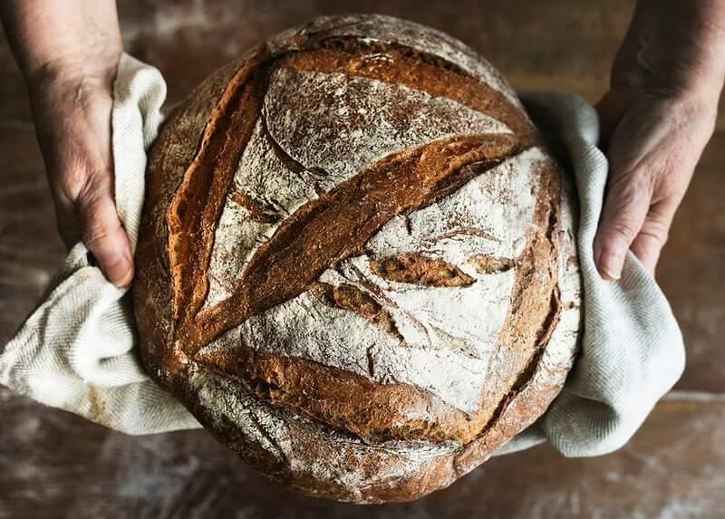 """""""Uvođenjem eura naš umirovljenik će imati mirovinu 300 eura, a vekna kruha će koštati 1,5 euro"""""""