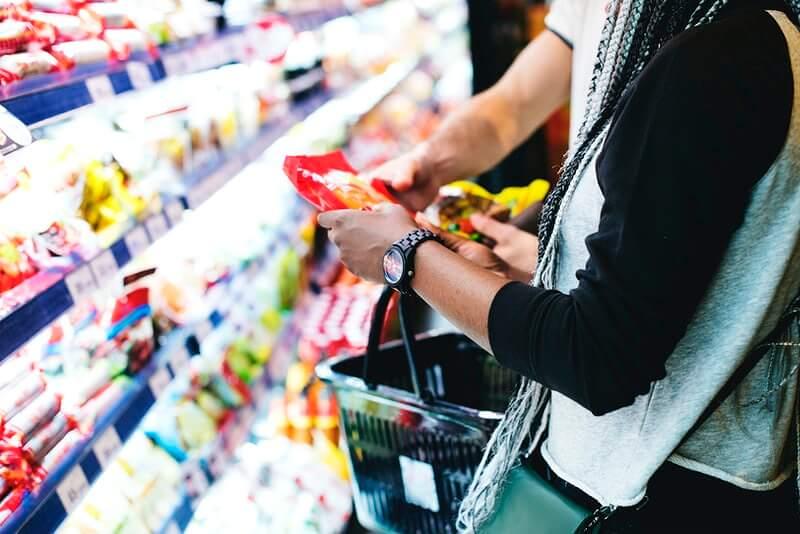 Više od 60 posto umirovljenika preživljava kupujući hranu na akciji