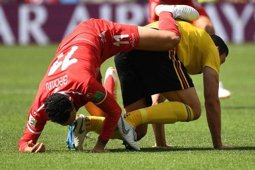 Dylan Bronn vies with Belgium's defender Jan Vertonghen