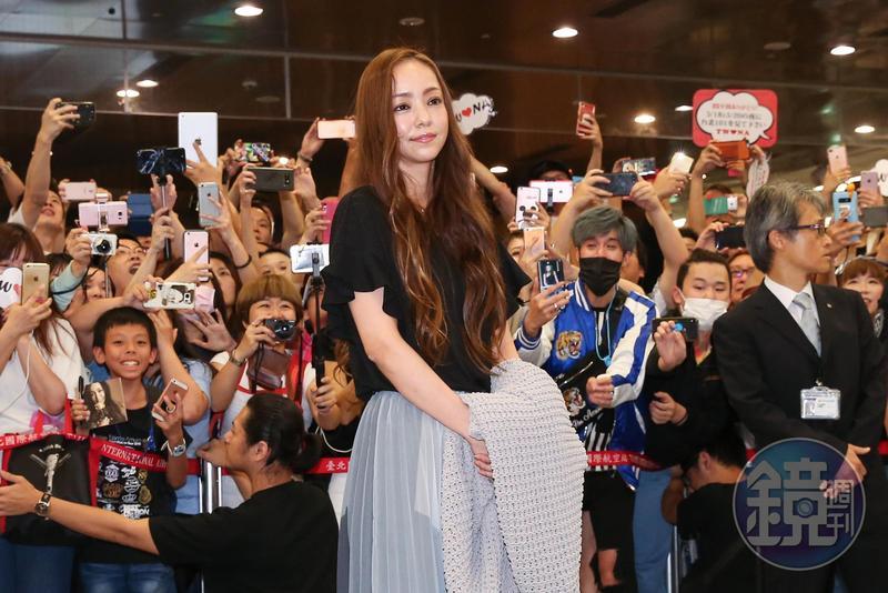 引退前海外最終場 安室奈美惠抵台! - 鏡週刊