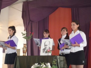 Students at the Karabagh School read poems by Vahan Tekeyan.