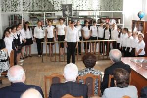Students at Vahan Tekeyan School in Yerevan performed for the guests.