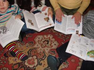Children reading Armenian books in Turkey