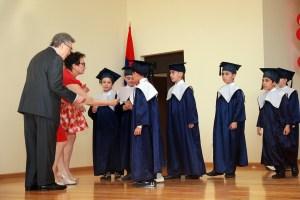 Edward Avedisian, Benefactor of the School handing the diplomas
