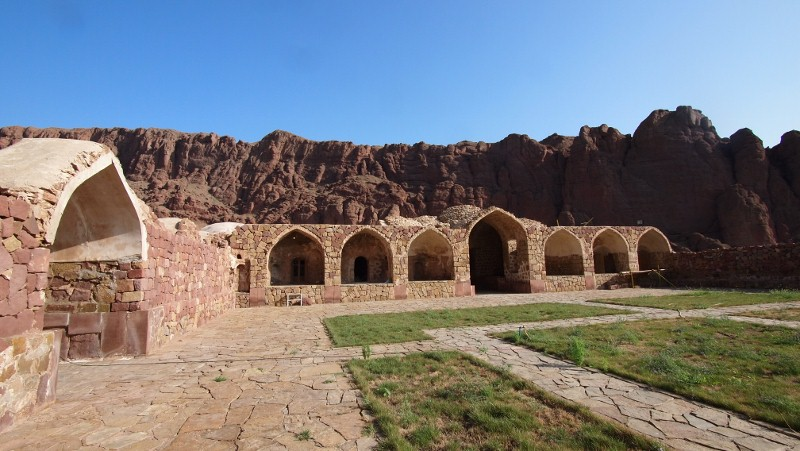 P8230853 Iran, Aras, caravanserai