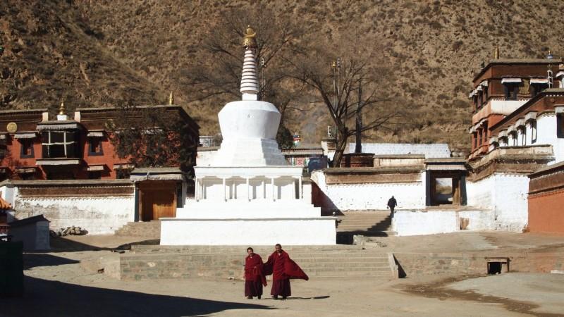 PB216105 Labrang, Xiahe, Buddish, monasterio, monastery, Tibet, China