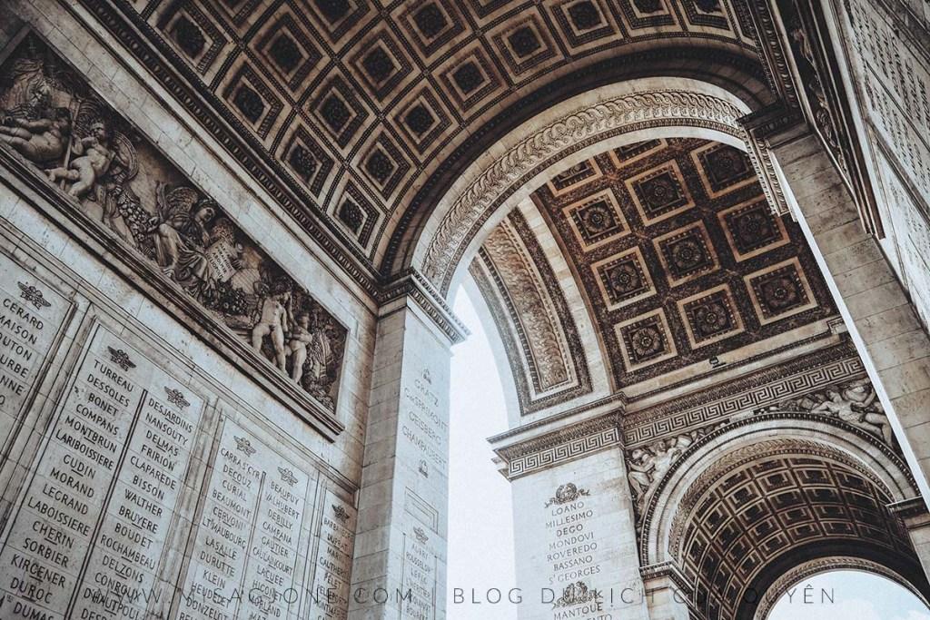 Lịch trình du lịch Paris 2 ngày 05