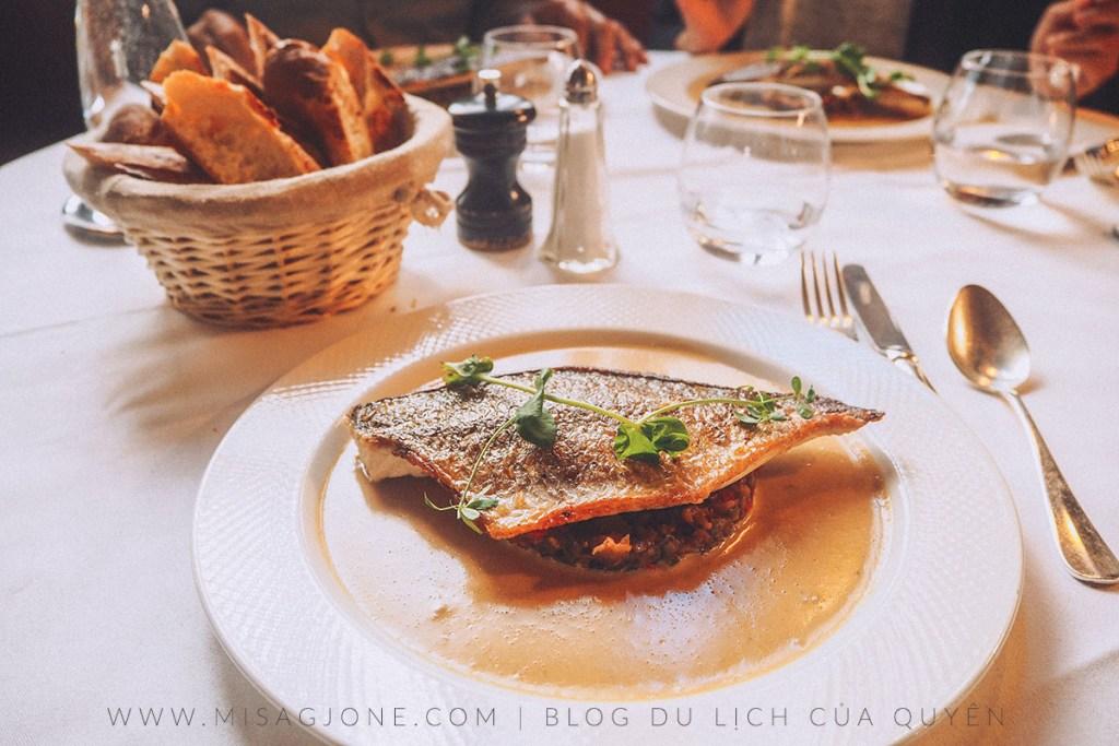 Review nhà hàng La Gauloise 02