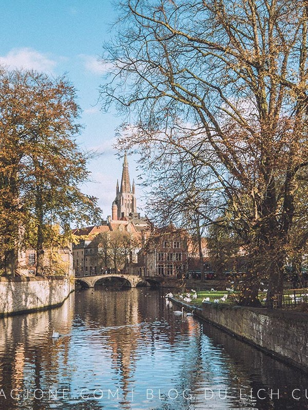 How to travel to Bruges and Ghent in ONE DAY
