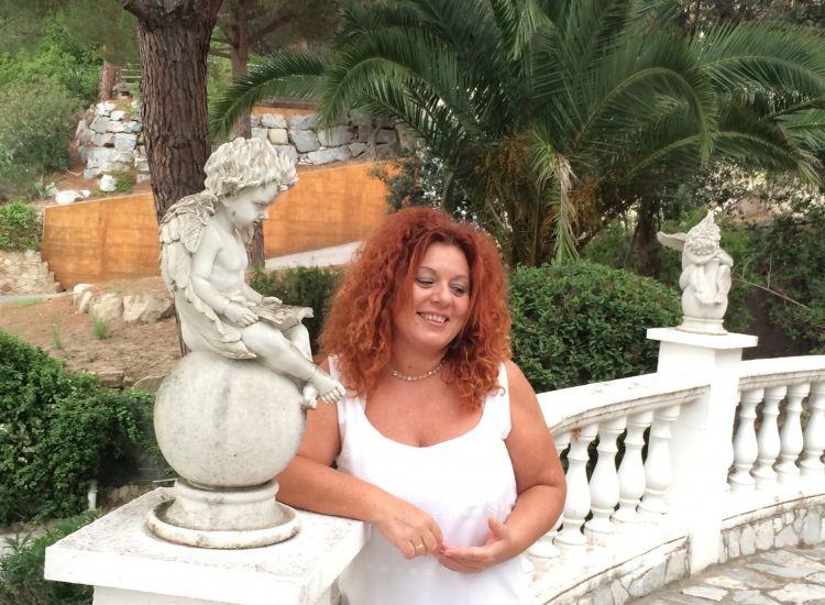 Nuria Lopez y el angel del conocimiento 4