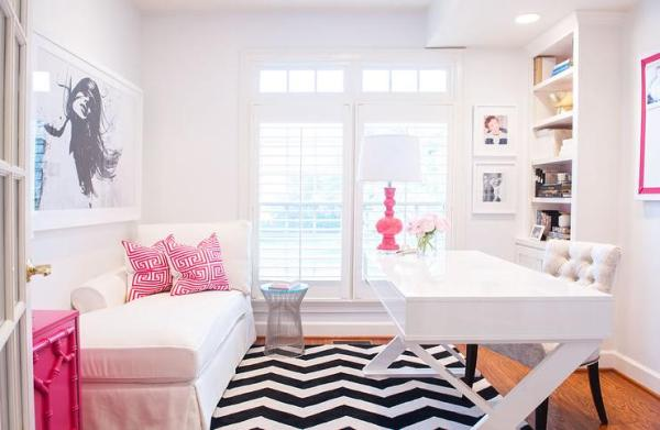 pink-office-accents-white-lacquered-x-based-desk