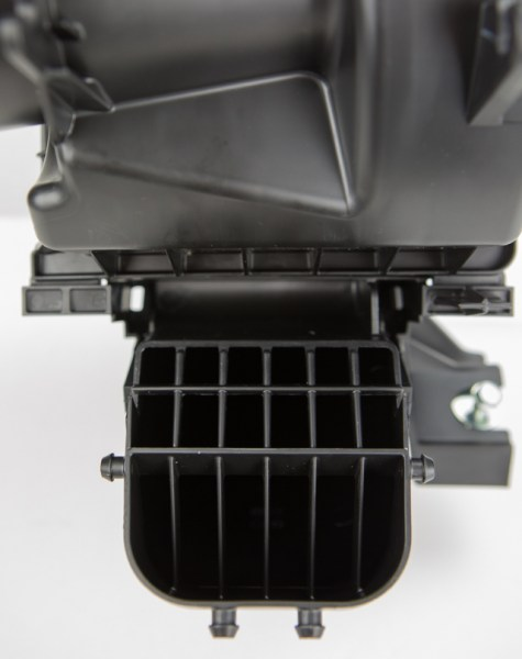 This grid system is commonly known as an air straightener. These pegs are meant to smooth out the air and suppress any sort of noise that comes from your K20 gulping pounds of fresh air. It creates a restriction in the flow, and not many sports car owners want their flamboyantly styled Civic to be quiet.