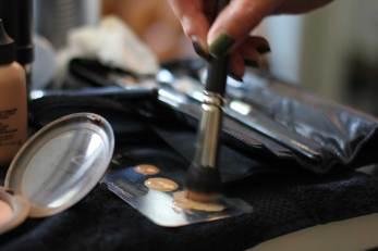 Make-up aanpassen voor een avondje uit, zo doe je datMake up voor een avondje uit, hoe doe je dat| MisjaB.nl