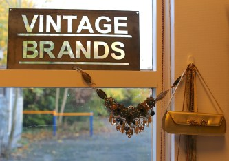 Tweedehands in Monnickendam: Vintage Brands
