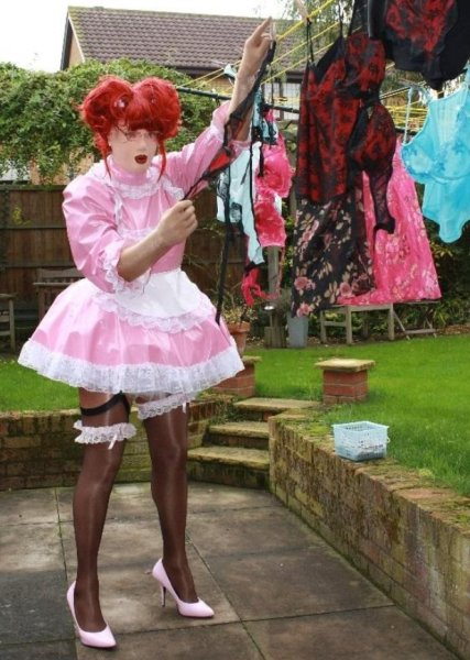 Milton Keynes sissy and sissyfication Pro Domme service