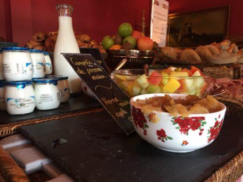 Les maisons de Léa Honfleur Normandie Hotel petit déjeuner breakfast