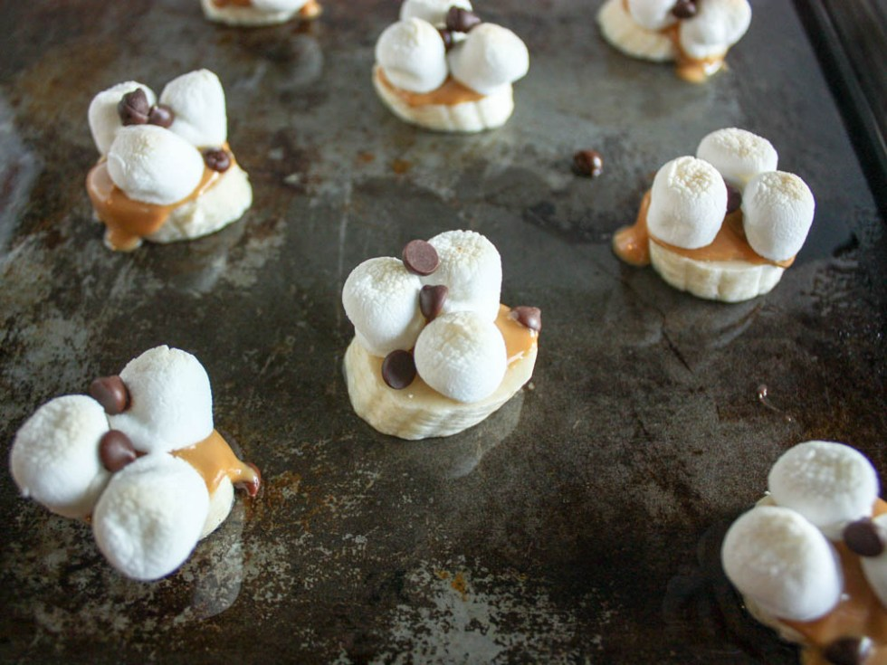 Banana Peanut Butter S'Mores Bites - Miss Allie's Kitchen