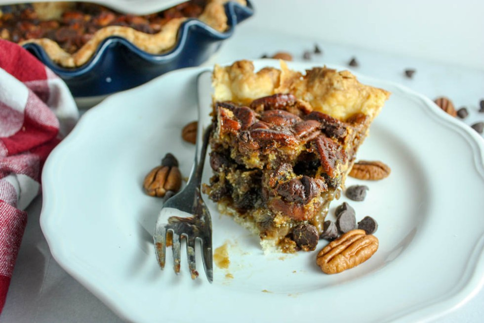 Flaky Pie Crust With Chocolate Pecan Filling