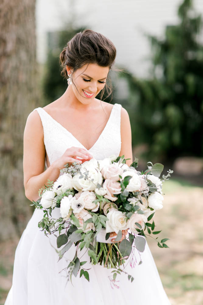 blush bridal bouquet