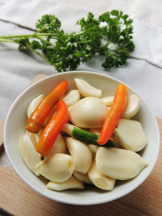 garlic and chilies