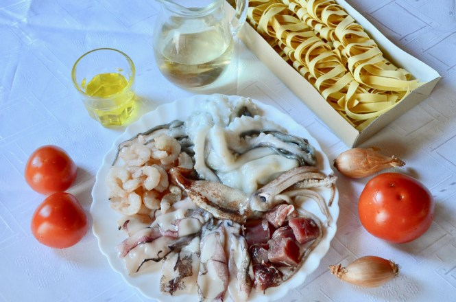 seafood pasta ingredients