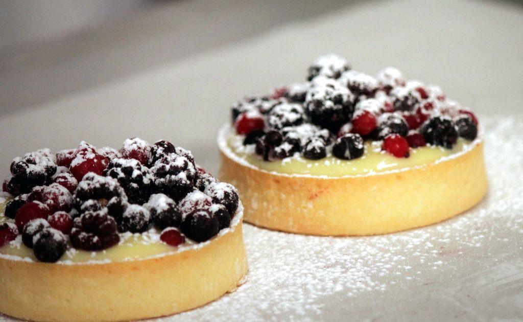 Ricetta: Tortine al Lemon Curd e Frutti di Bosco
