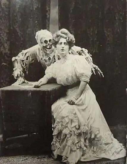 scheletri teschi vittoriani