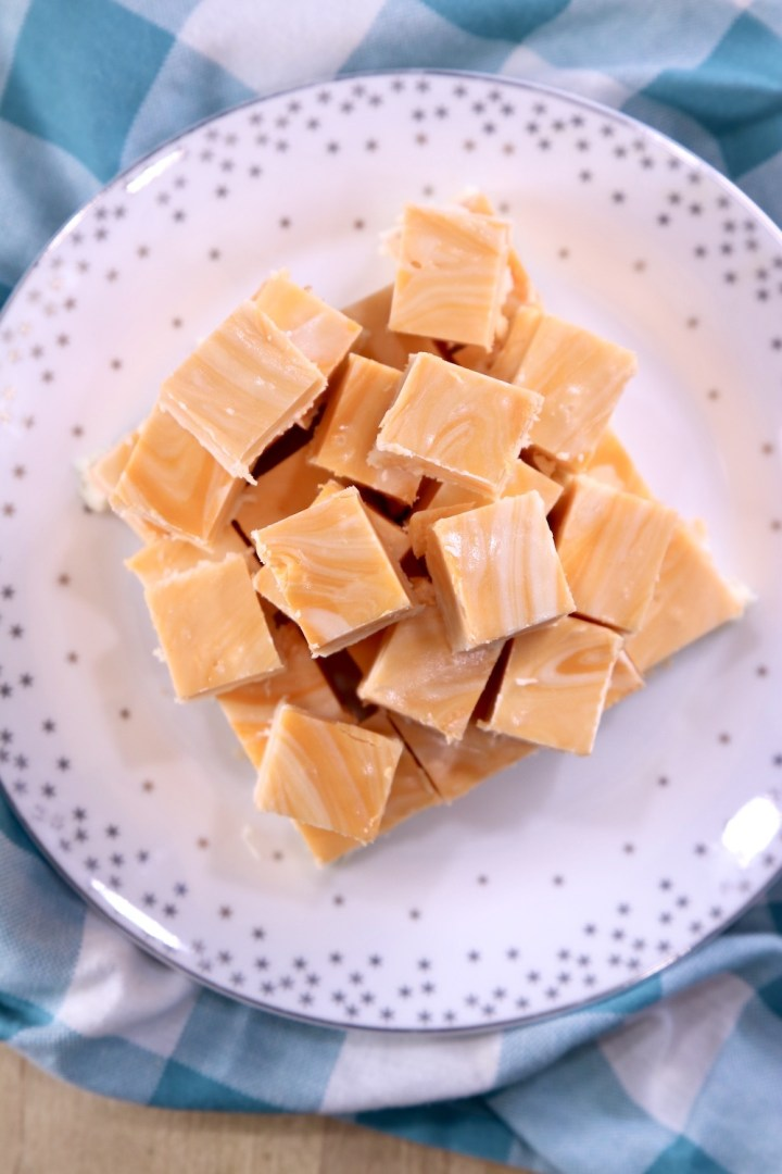 creamsicle fudge overhead view on a plate