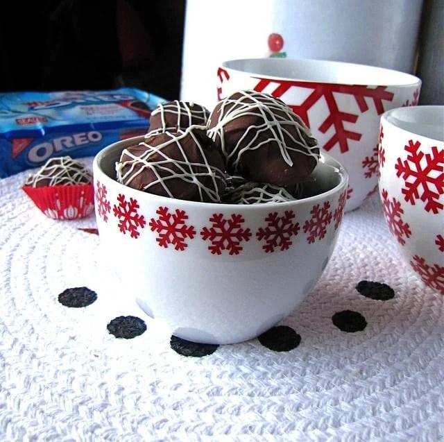 OREO Coffee Ice Cream Truffles | Miss in the Kitchen