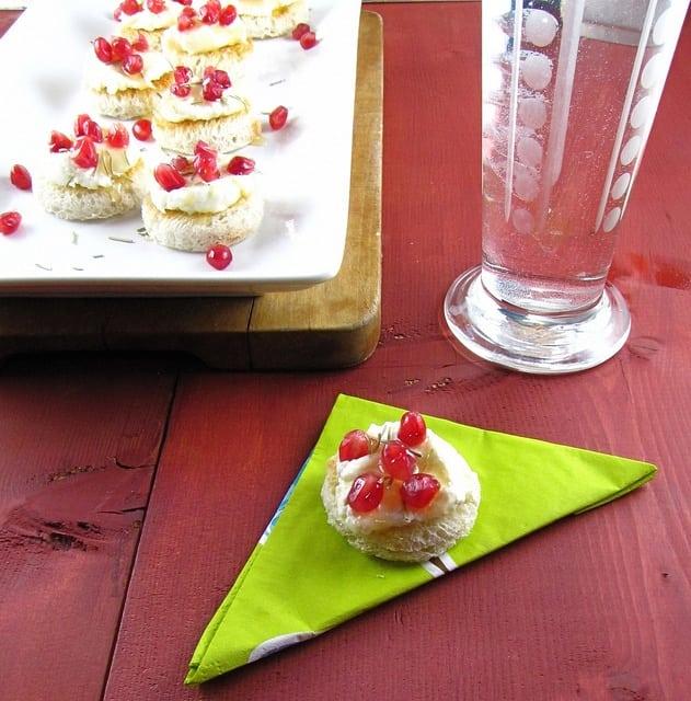 Pomegranate Ricotta Toasts with Rosemary & Honey | MissintheKitchen.com