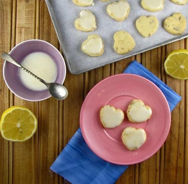 White Chocolate-Lemon Shortbread from www.missinthekitchen.com