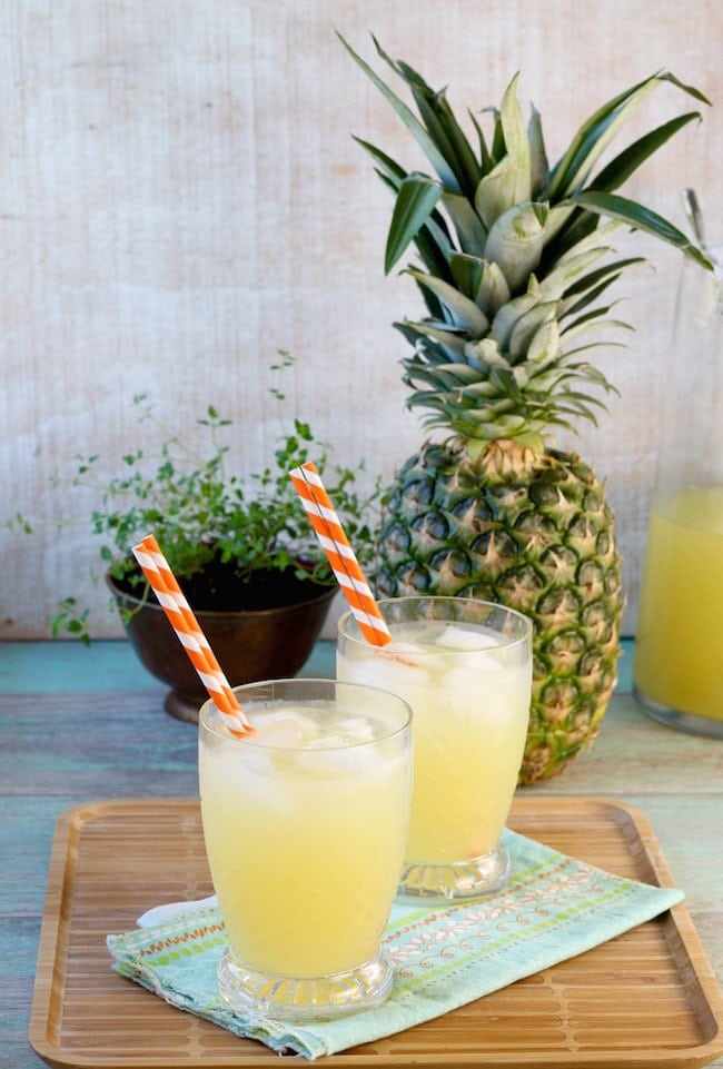 Easy Pineapple Lemonade