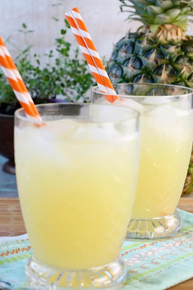 Pineapple Lemonade with striped straws