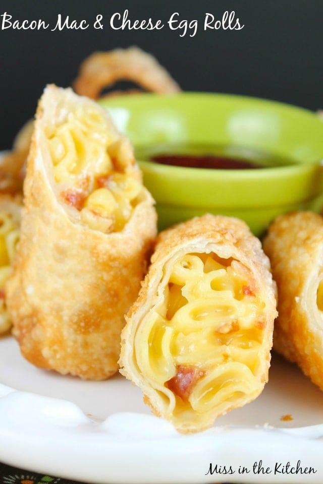 Bacon Mac & Cheese Eggrolls