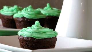 Chocolate Cupcakes with Homemade Cream Cheese Mint Icing