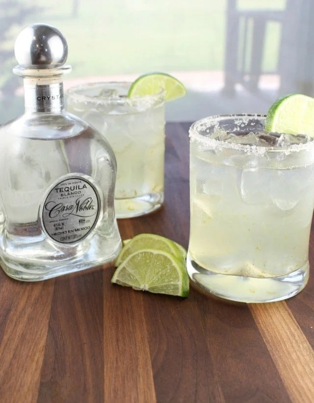 Classic Margaritas from missinthekitchen.com