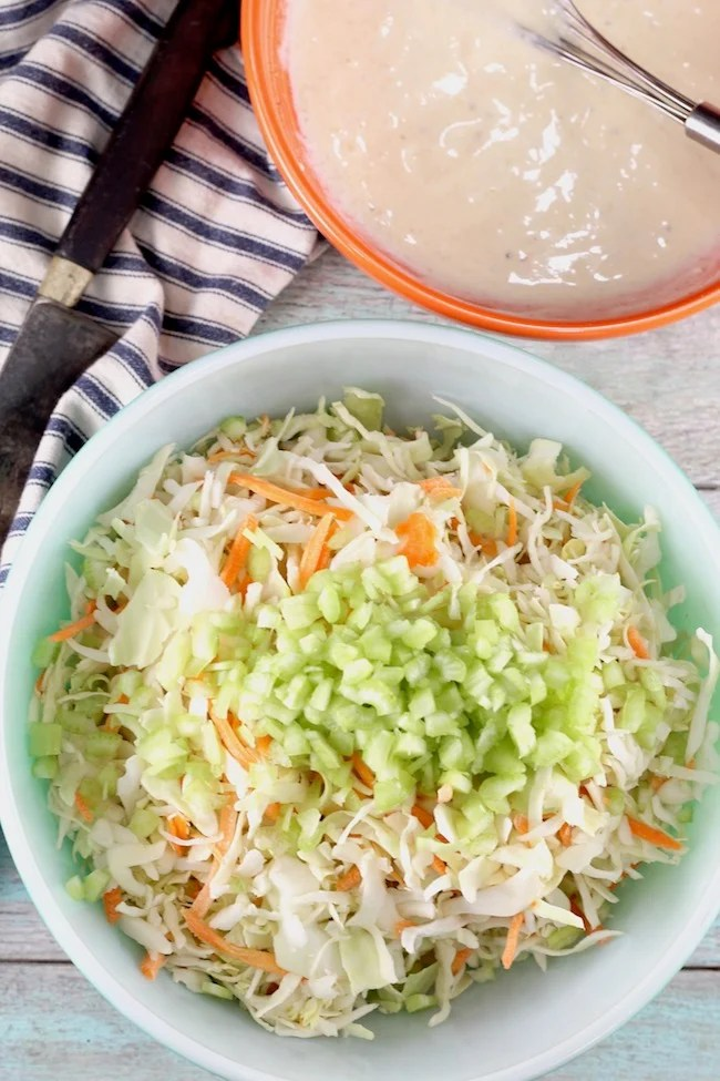How to make Coleslaw with creamy dressing