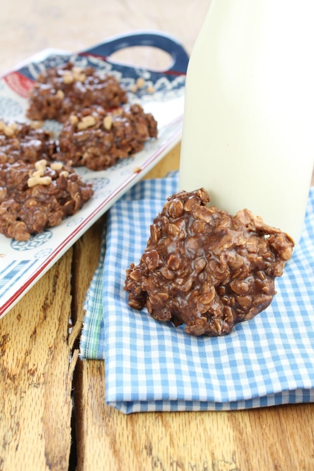 No-Bake Chocolate Toffee Cookies Recipe from Miss in the Kitchen