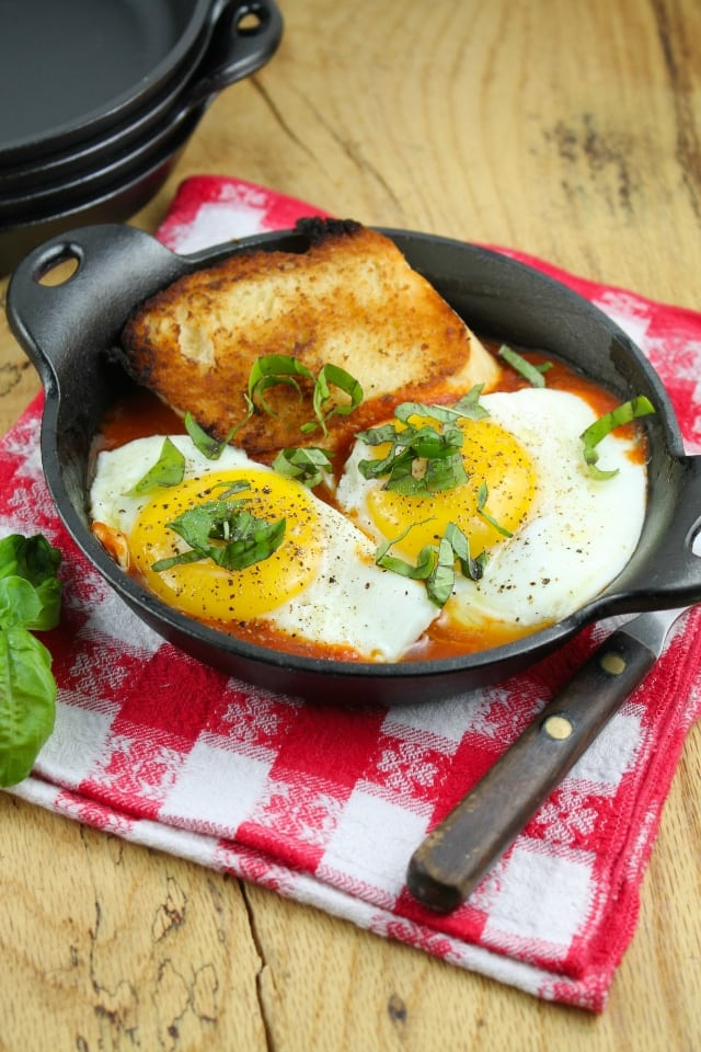 Tomato and Egg Skillets from Miss in the Kitchen