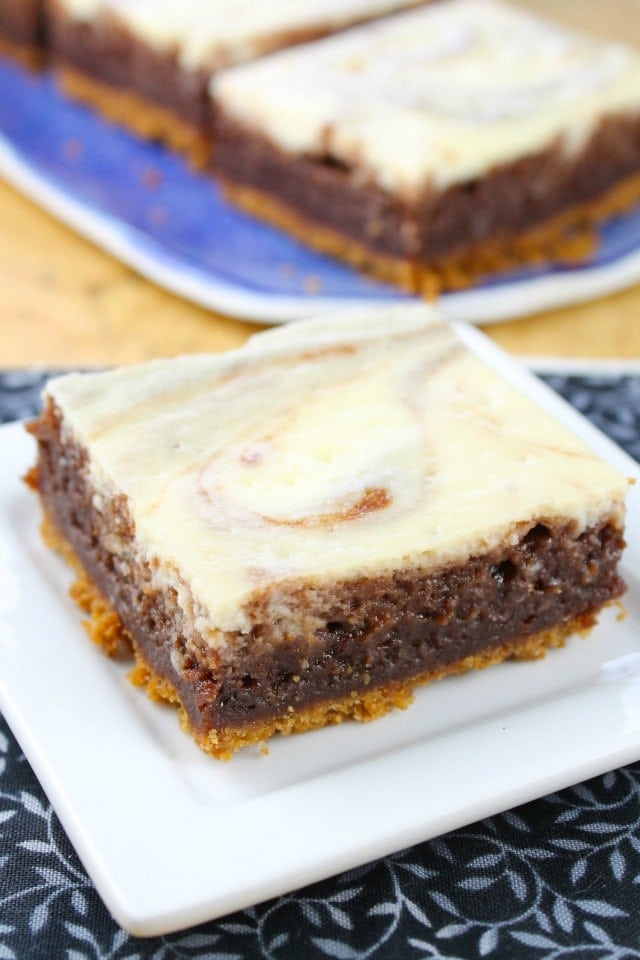 Cheesecake Swirl Brownie Bars from Dessert Mashups Miss in the Kitchen