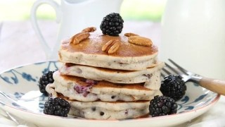 Gluten Free Blackberry Pecan Pancakes