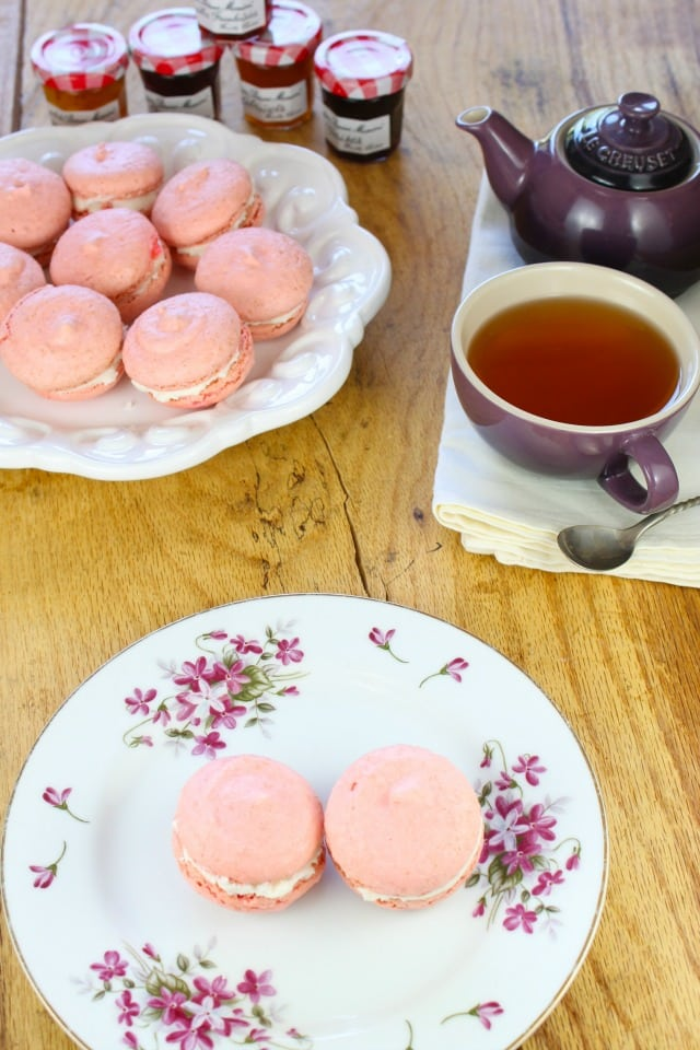 Macarons with Champagne Buttercream from Miss in the Kitchen