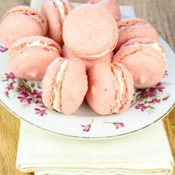 Macarons with Champagne Buttercream from missinthekitchen.com