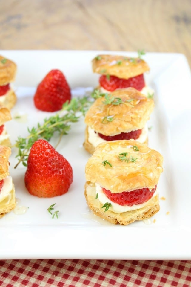 Strawberries and Cream Puff Pastry Bites Recipe from missinthekitchen.com