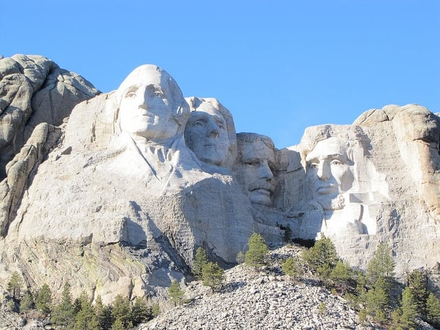 Summer Travel with Chase Ultimate Rewards : Mount Rushmore Miss in the Kitchen