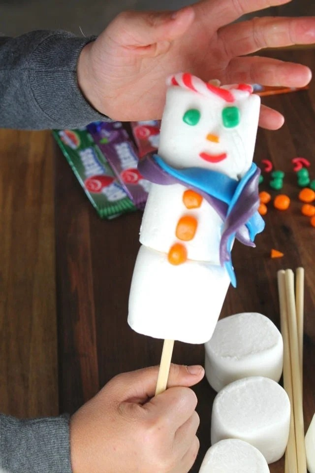 Adding the hats to the Airheads Snowmen ~ Miss in the Kitchen